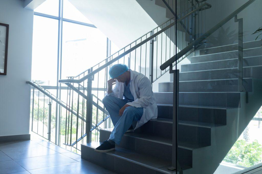 Prévenir le Stress Post Traumatique et accompagner l'expérience du deuil