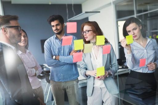 Manager le changement ou changer de management ?